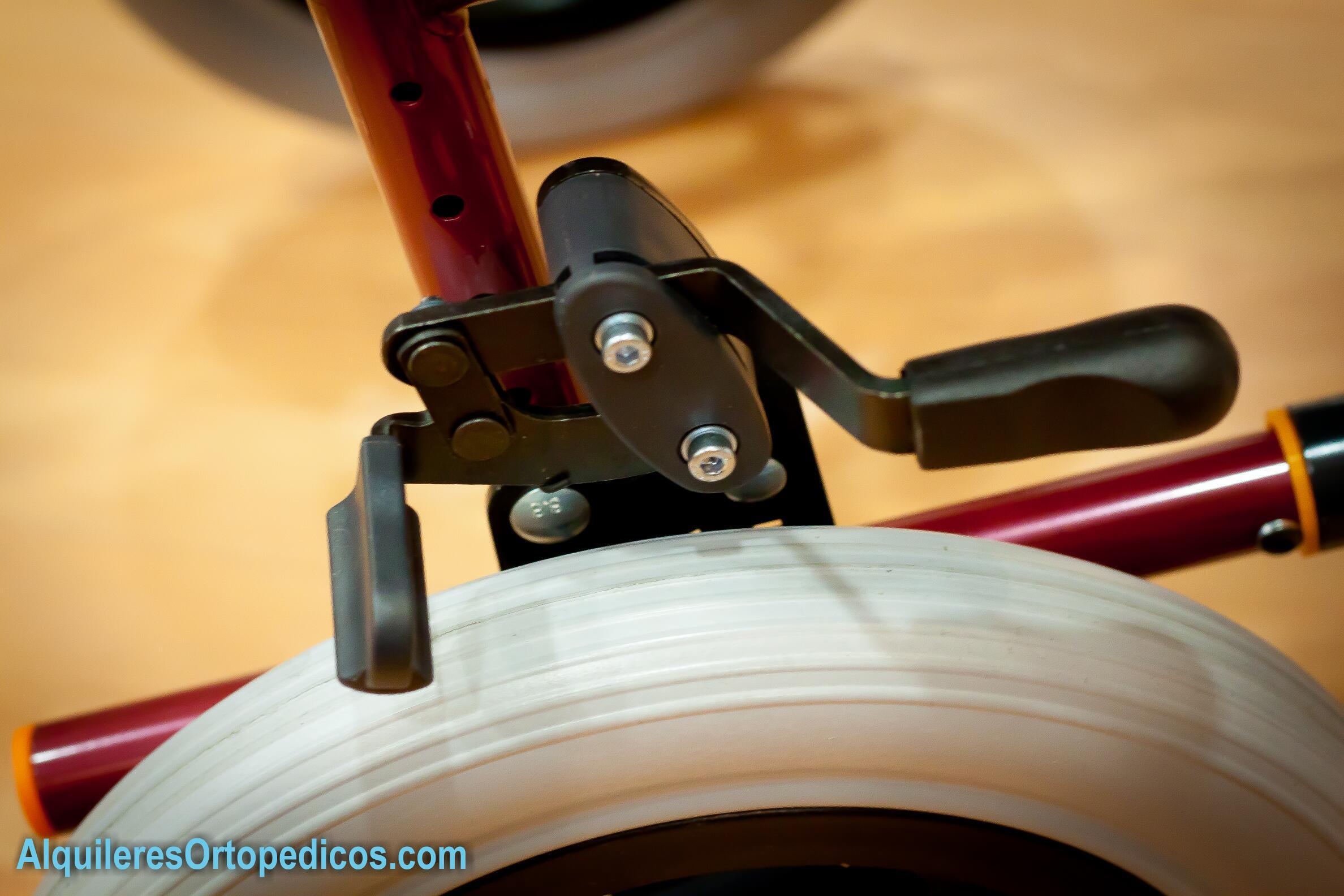 Silla de ruedas rueda peque a alquileres ortop dicos - Ruedas para sillas de ruedas ...